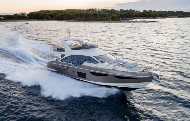 Azimut Yachts Flybridge 60 Salon India