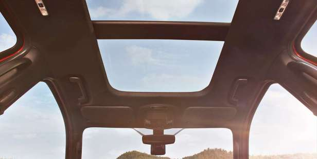 Ford Endeavour 2019 Panoramic Sunroof