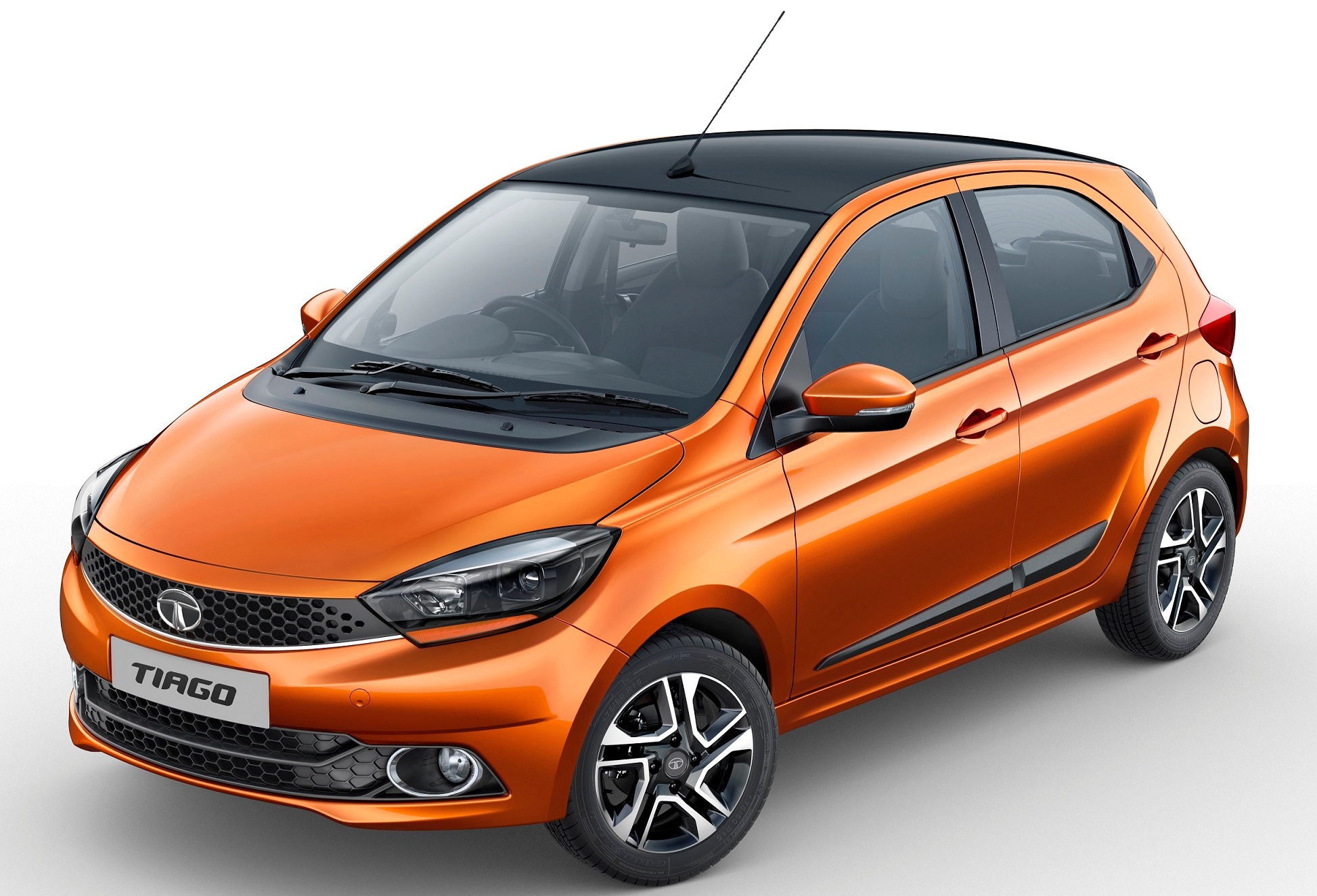 Tata Tiago XZ+ Exterior Orange Canyon with Black Sunroof