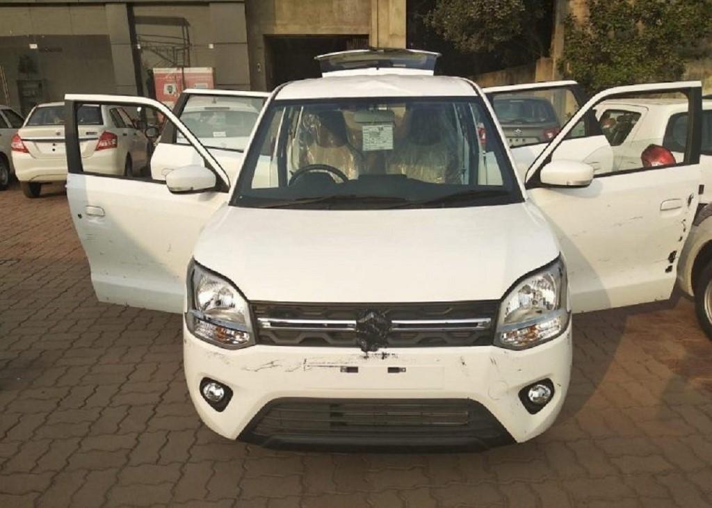 Upcoming Leaked/Spied Maruti Suzuki WagonR exterior 2019