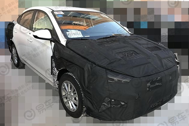 Hyundai Verna Facelift spotted testing…, launching2020