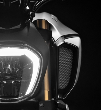 Ducati to launch its monstrous Maxi-Naked Diavel 1260 and 1260S